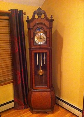 What is the maker of this clock