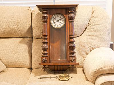 Can anyone tell me about Granddad's clock