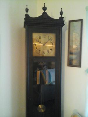 FOR SALE Colonial grandfather clock 90 years old