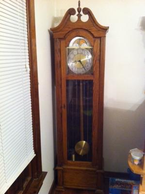 Hentschel floor clock