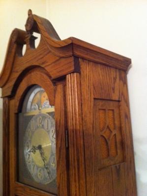 Hentschel floor clock carving