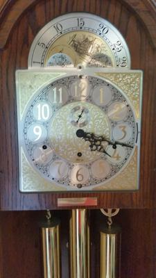 Need help identify this Ridgeway Grandfather clock (face)