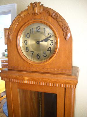 Need info on this Oak Grandmother Clock