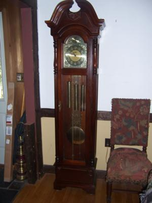 what model howard miller grandfather clock id